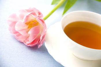 紅茶とチューリップ
